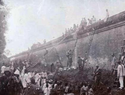 八国联军进攻紫禁城的时候 百姓为何帮助联军运粮食搬梯子